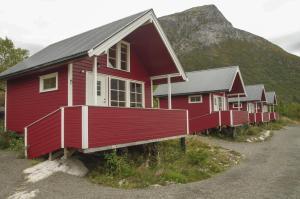 Hammerstad Camping, Комплексы для отдыха с коттеджами/бунгало  Сволваер - big - 32