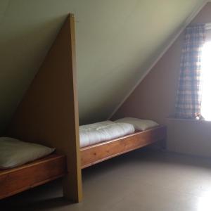 Hammerstad Camping, Комплексы для отдыха с коттеджами/бунгало  Сволваер - big - 3