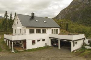 Hammerstad Camping, Комплексы для отдыха с коттеджами/бунгало  Сволваер - big - 72