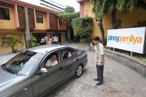 Pinoy Pamilya Hotel, Szállodák  Manila - big - 35