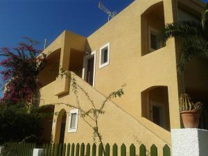 Eriketi Studios, Apartments  Agia Marina Aegina - big - 2