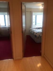Belfry CityWest Apartment, Apartmanok  Citywest - big - 24