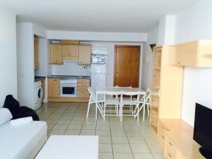 Apartamento Botafoch II, Apartmány  Ibiza (mesto) - big - 16