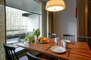 Forenom Apartments Espoo Tapiola, Ferienwohnungen  Espoo - big - 11