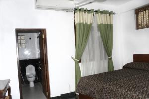 Merit Hotel, Hotels  Anuradhapura - big - 2