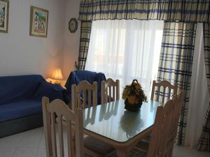 Apartamento Mercedes, Apartments  Conil de la Frontera - big - 5