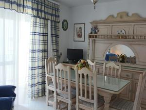 Apartamento Mercedes, Apartments  Conil de la Frontera - big - 4