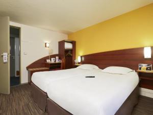 Comfort Hotel Etampes, Hotely  Étampes - big - 5