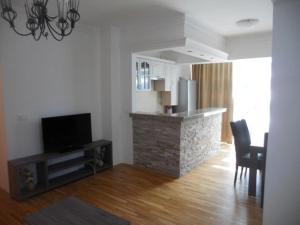 Bulatovic Five Stars Apartment, Apartmány  Bar - big - 11