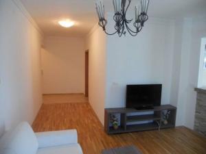 Bulatovic Five Stars Apartment, Apartmány  Bar - big - 16