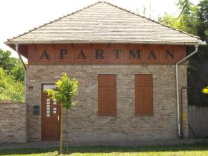Gyulai-fürdő-apartman II., Apartmány  Gyula - big - 27