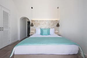 Athina Luxury Suites, Hotels  Fira - big - 32