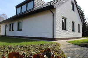 Ferienwohnung Sommerwind, Apartmány  Rhauderfehn - big - 2