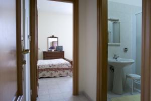 Domus San Vincenzo, Bed & Breakfast  Sant'Agnello - big - 21