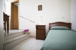 Domus San Vincenzo, Bed & Breakfast  Sant'Agnello - big - 27