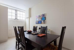 onefinestay - South Kensington private homes II, Apartmány  Londýn - big - 136