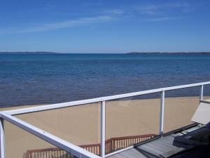 Pinestead Reef Resort, Aparthotels  Traverse City - big - 24