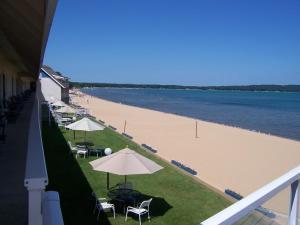 Pinestead Reef Resort, Aparthotels  Traverse City - big - 34