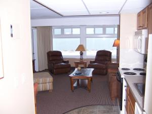 Pinestead Reef Resort, Aparthotels  Traverse City - big - 2