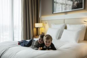 Junior King Suite with Sofa Bed (2 Adults + 2 Children)
