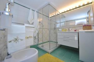 Victor's House, Appartamenti  Sant'Agnello - big - 82
