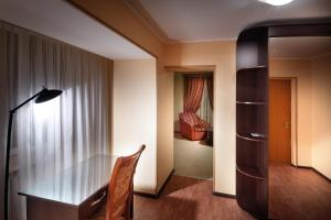 Hotel Edem, Hotels  Karagandy - big - 8