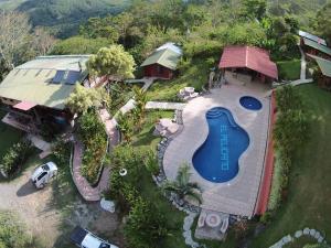 Hotel de Montaña El Pelicano, San Isidro