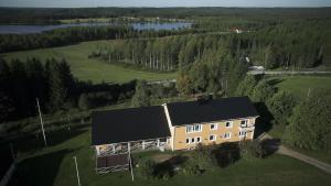 Mulikan HillTon B&B - Accommodation - Pääjärvi