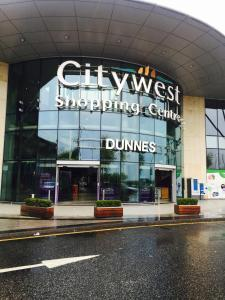 Belfry CityWest Apartment, Apartments  Citywest - big - 45