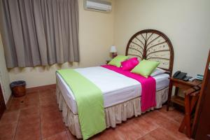 Hotel Colibri, Hotels  Managua - big - 11
