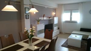 Apartment Sure, Apartmanok  Sveti Filip i Jakov - big - 10