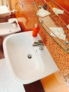 B&B Zahir, Bed and breakfasts  Castro di Lecce - big - 57