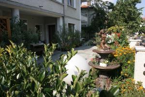 Guest House Lazur, Penziony  Obzor - big - 28