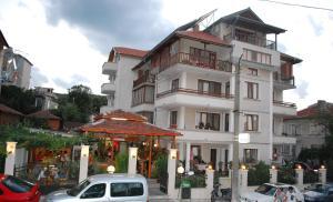 Guest House Lazur, Penziony  Obzor - big - 23