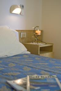 Hotel Nives, Отели  Риччоне - big - 17