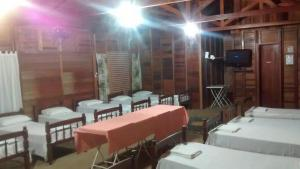 Chalet (14 Adults)