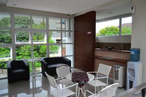 Rumah Singgah Griya H47, Penziony  Semarang - big - 14