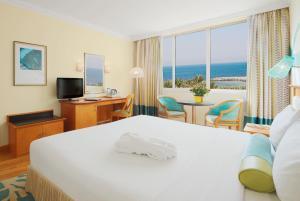 Coral Beach Resort Sharjah, Курортные отели  Шарджа - big - 6