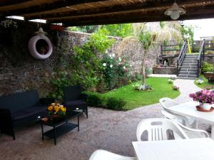 Etma, Bed & Breakfasts  Sant'Alfio - big - 59