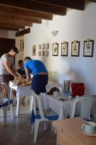 La Vecchia Montagna B&B, Bed and breakfasts  Gonnesa - big - 1