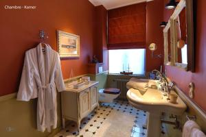 B&B Huyze Elimonica, Bed and Breakfasts  Ostende - big - 3