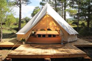 Forest Days, Люкс-шатры  Navés - big - 1