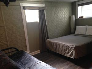 Double Room with Sofa Bed with Private Bathroom
