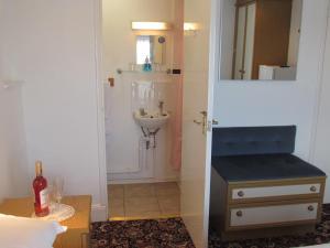 Abingdon Guest Lodge, Economy-Hotels  Ryde - big - 43