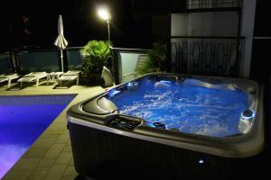 Hotel Verona, Hotely  Cesenatico - big - 38