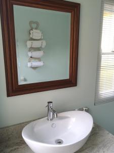 Luxury Double or Twin Room with Shower - 3 Oranje Nassau Street