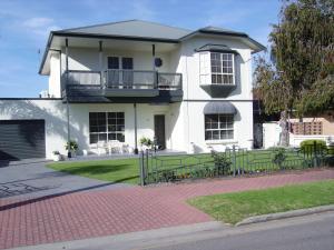 Glenelg Sea-Breeze, Bed & Breakfasts  Adelaide - big - 8