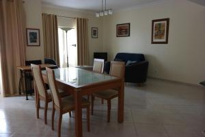 Bicos Beach Apartments AL by Albufeira Rental, Apartmanok  Albufeira - big - 33