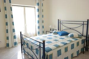 Bicos Beach Apartments AL by Albufeira Rental, Apartmanok  Albufeira - big - 32