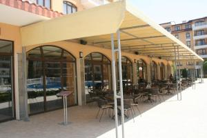 Sunny Beach Rent Apartments - Royal Sun, Appartamenti  Sunny Beach - big - 43